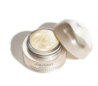 Shiseido Крем для области вокруг глаз Benefiance Wrinkle Smoothing Eye Cream антивозрастной 15ml